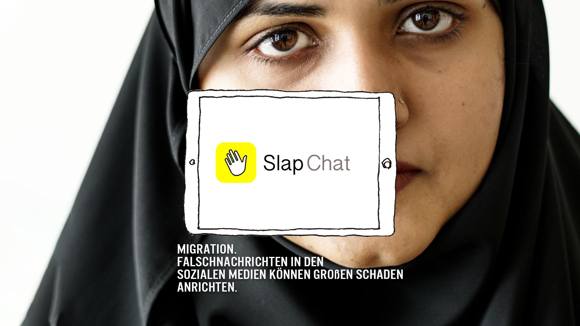 Das Bild zeigt eine Frau mit Kopftuch vor einem gezeichneten Handy Display. Darauf steht